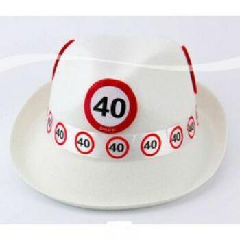 Trendi kalap 40-es